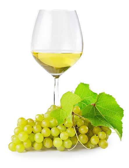 Regional Cassis white wine in glass with grapes
